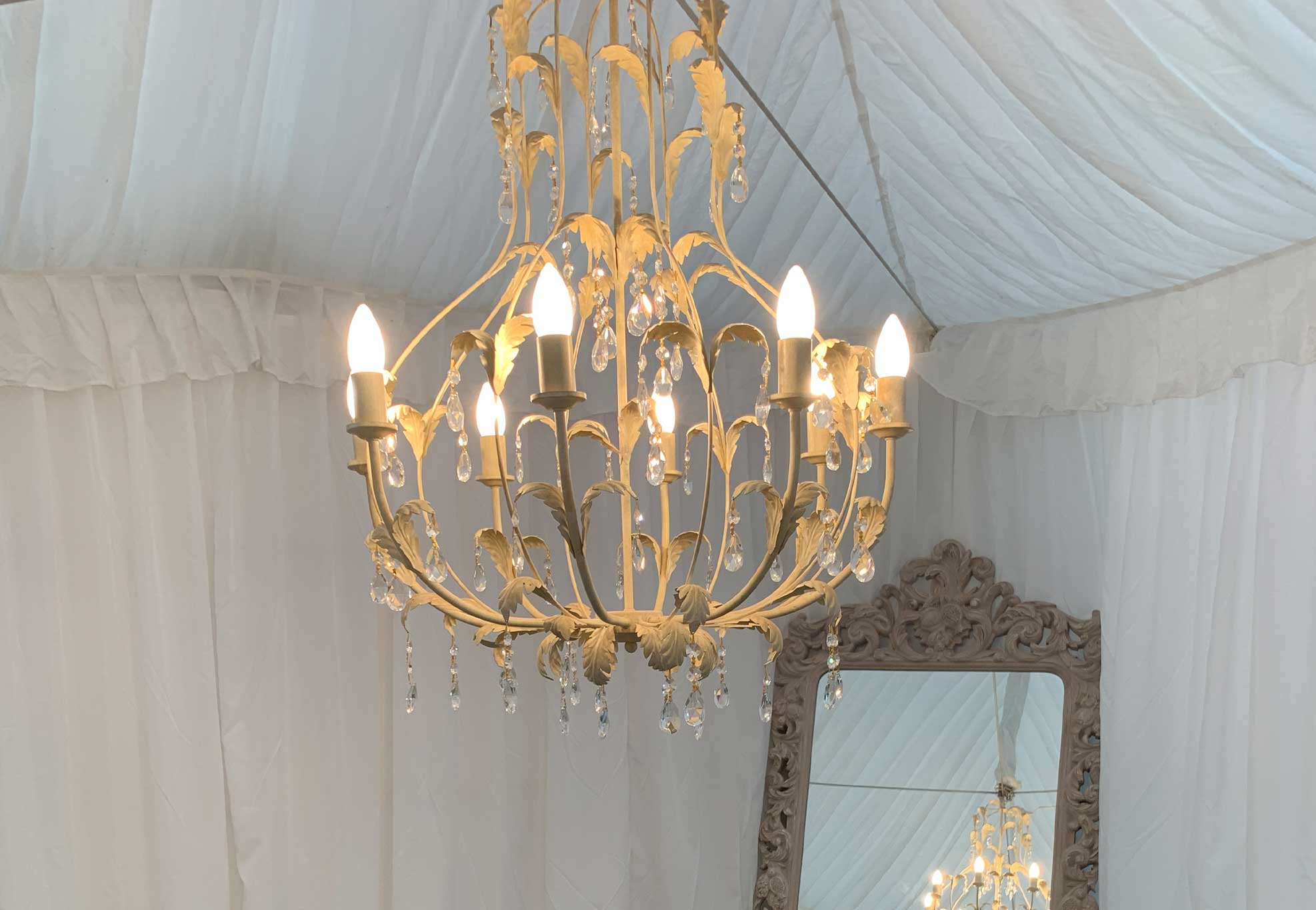 silk-estate-marquee-weddings-and-events-styling-and-hire-lighting-chandelier-3