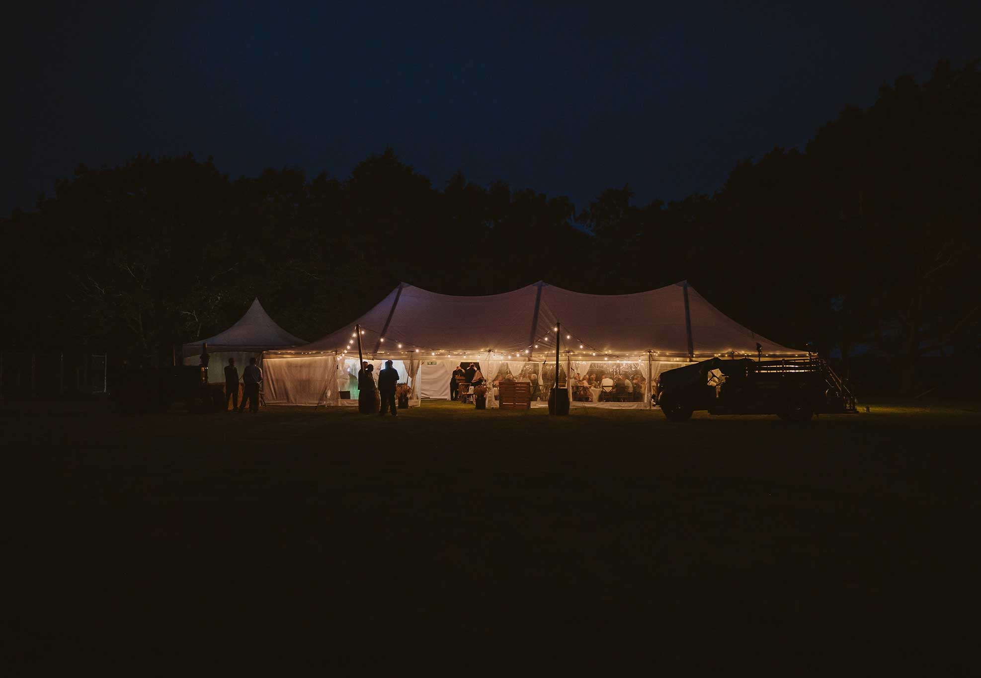 silk-estate-marquee-weddings-and-events-styling-and-hire-lightting-festoon-6